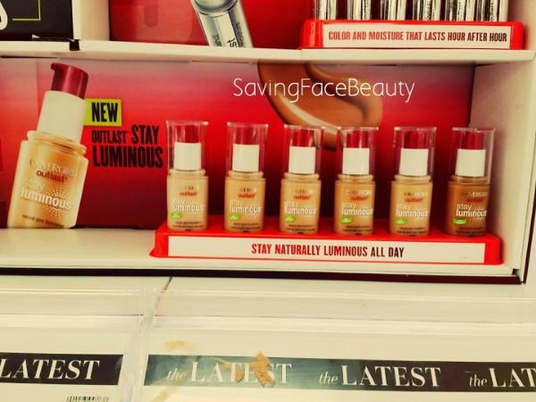 covergirl-stay-luminous-foundation-display
