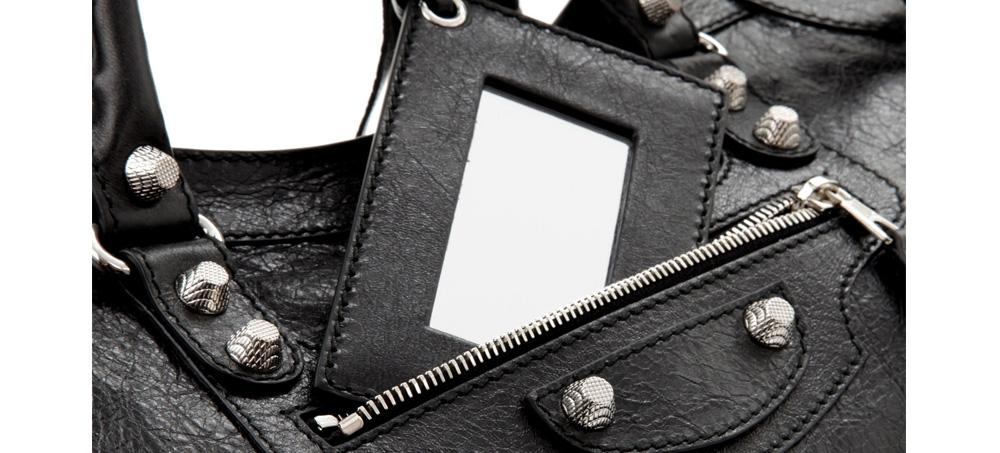 Side by Side Comparison of A 1 1 Replica City Bag — MUTT FLAPPER c0388448d6284