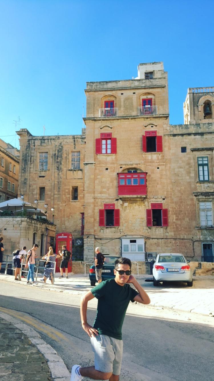 Photobomb in Malta haha -_-