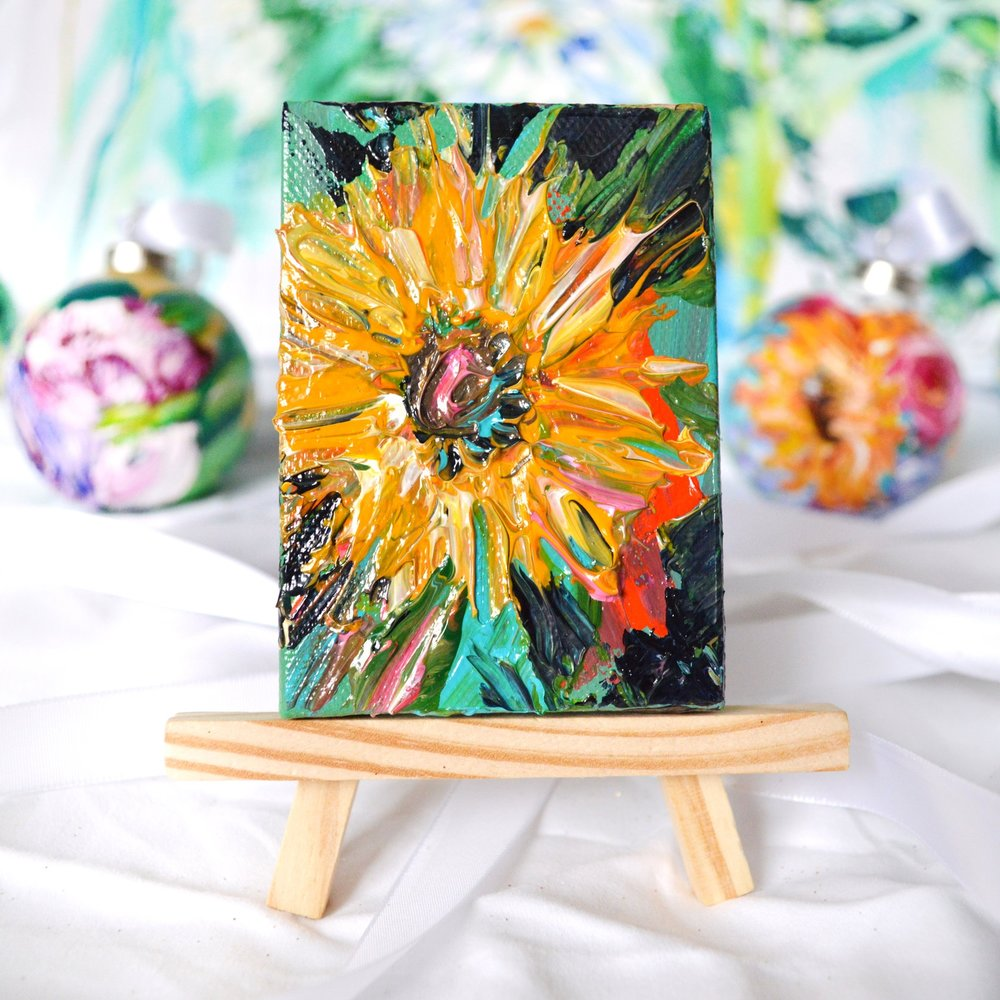 MINI - Acrylic On CanvasOriginal mini floral pieces with easel included!