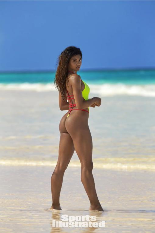Danielle 1.png