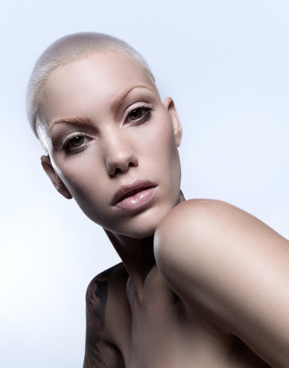 Alvarez_Amanda_Beauty_Erica_Drea_WithoutJewels-4.jpg