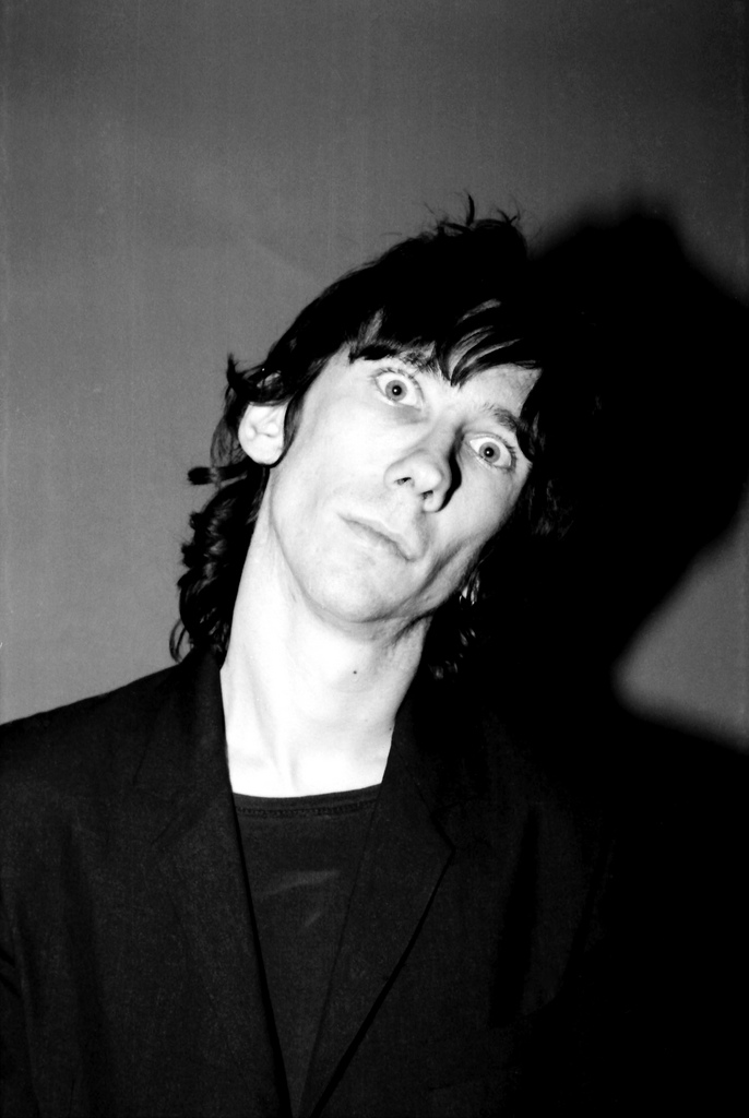 Stiv Bators, lead singer of the Deadboys. Photo by Theresa Kereakes.