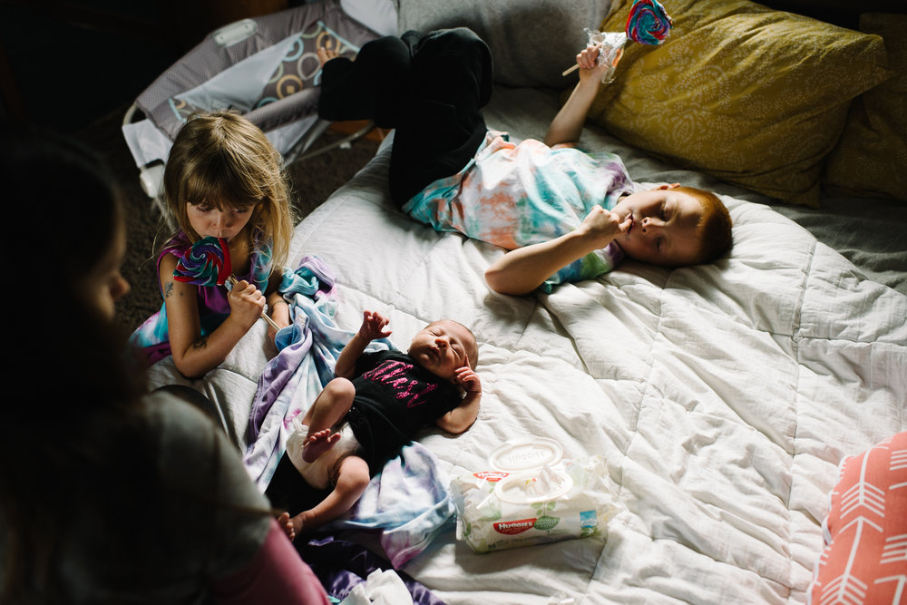 newborn-family-home-session-alaska_51.jpg