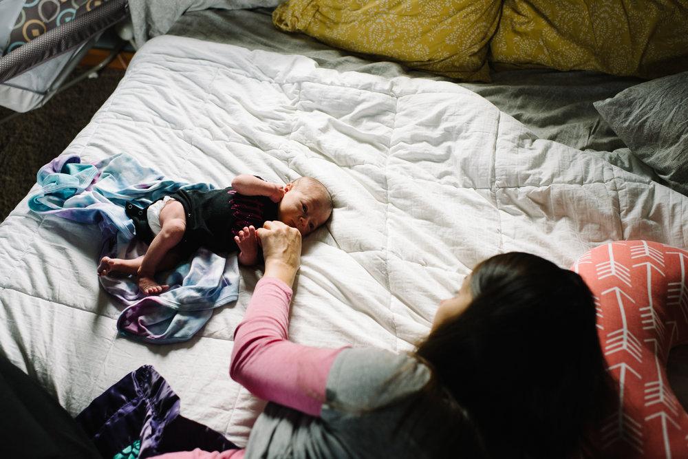 newborn-family-home-session-alaska_52.jpg