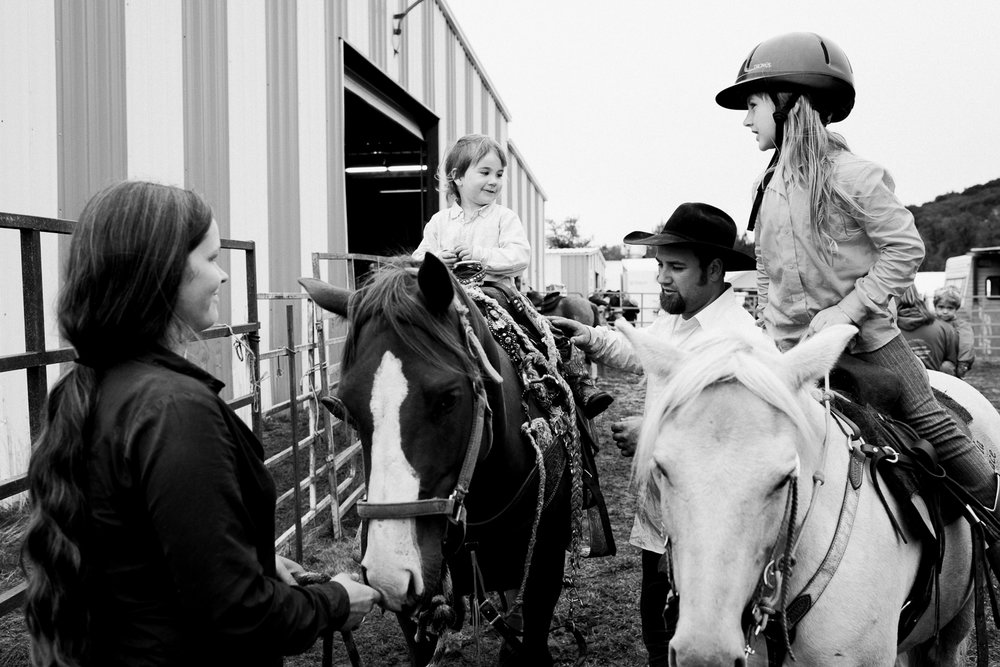 rodeo-family-in-alaska_61.jpg