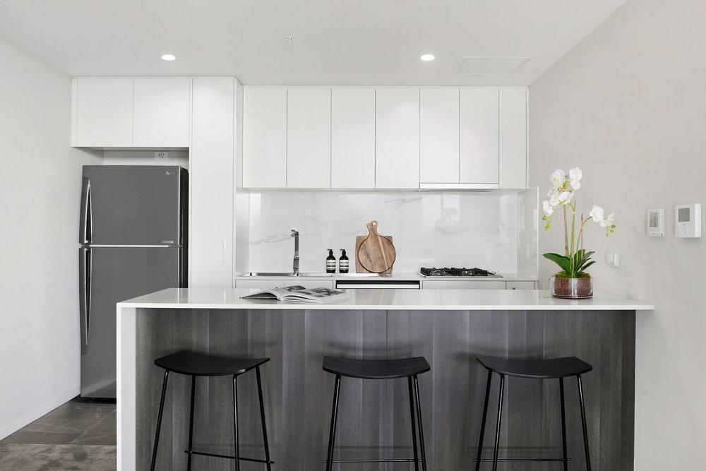 6.Kitchen2.jpg
