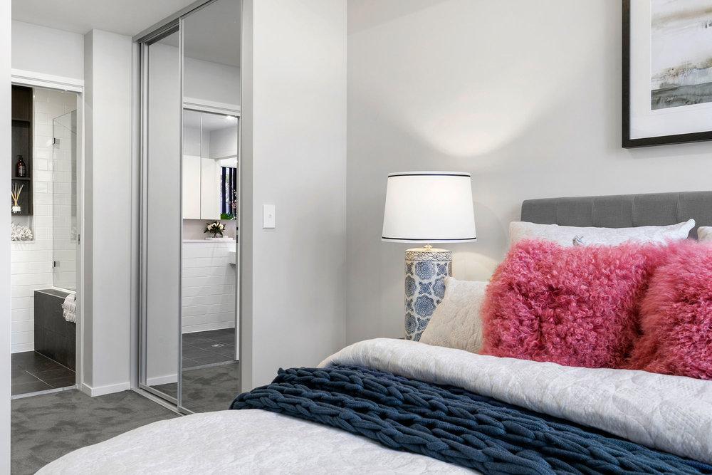 7.Bed1-Detail.jpg