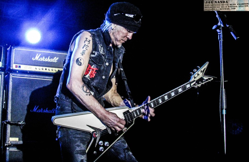 Schenker does his thing on the Flying-V.
