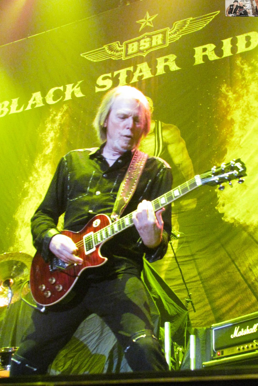 Black Star Riders 4.jpg