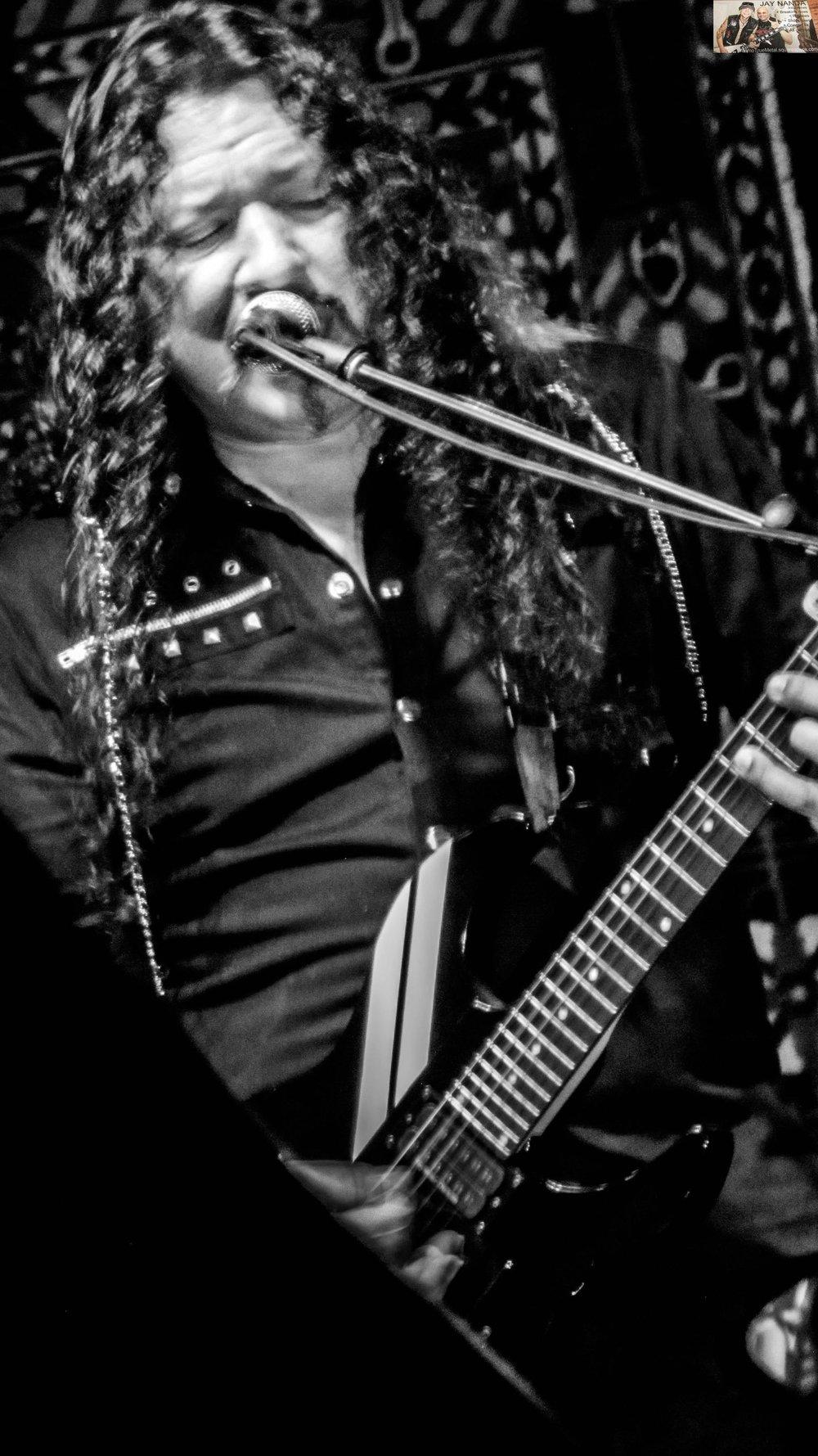 Original lead guitarist Oz Fox provides some backup vocals.