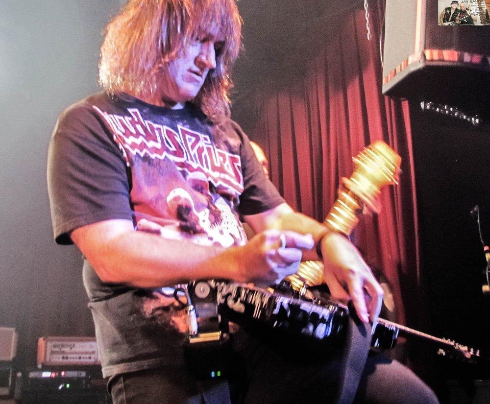 Ron Jarzombek demonstrates what makes him one of San Antonio's top guitarists.