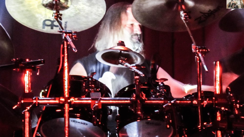 Bobby Jarzombek was able to take part on the night due to finally having a break from touring as the drummer in Fates Warning and with Sebastian Bach.