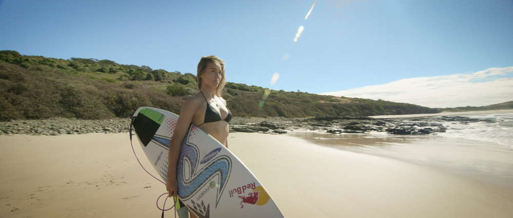 Land_Rover_Sally_Fitzgibbons_1.jpg