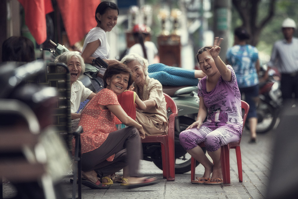 Smiles, Ho Chi Minh / 35mm