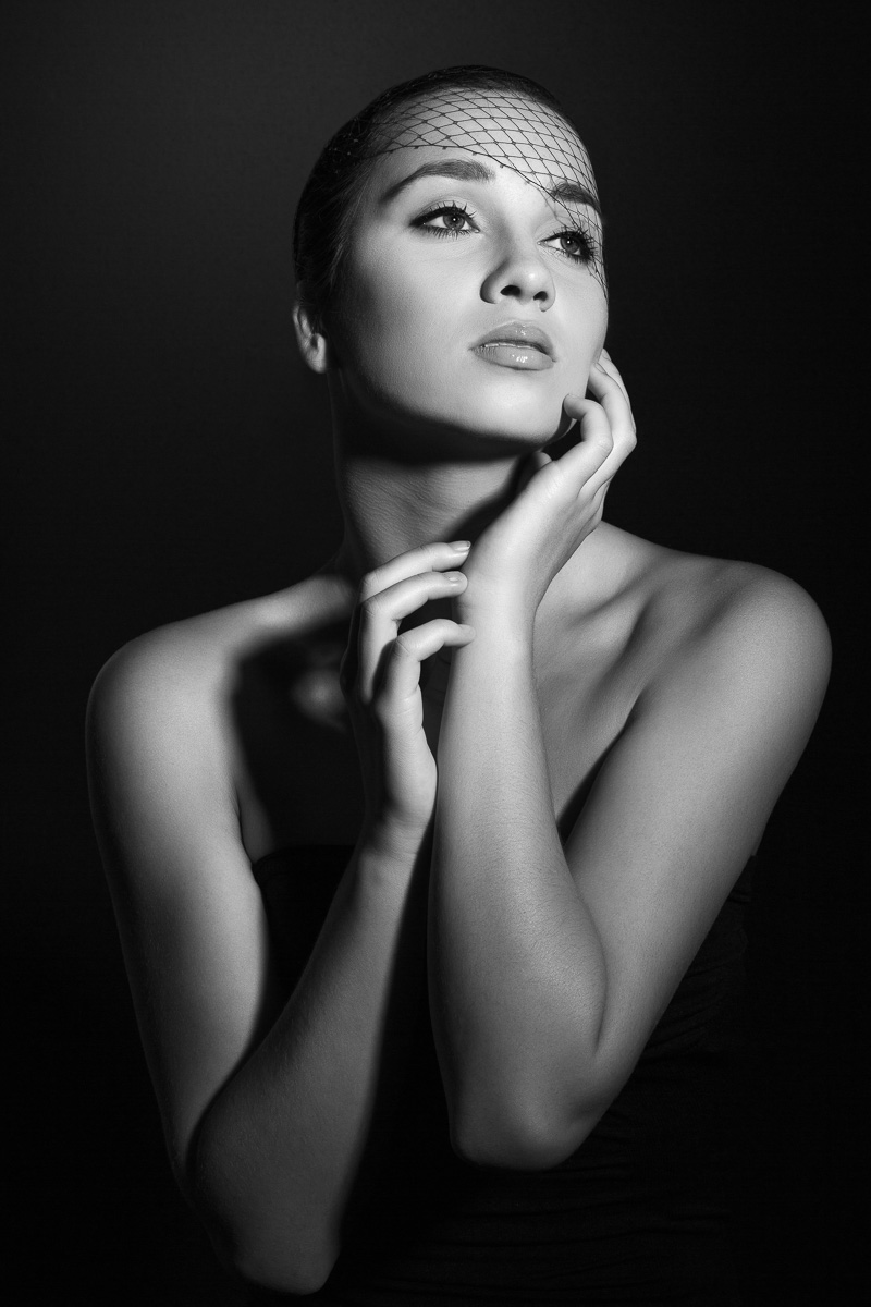 Black and White Fashion -3  - Analia Paino Portrait Photographer.jpg