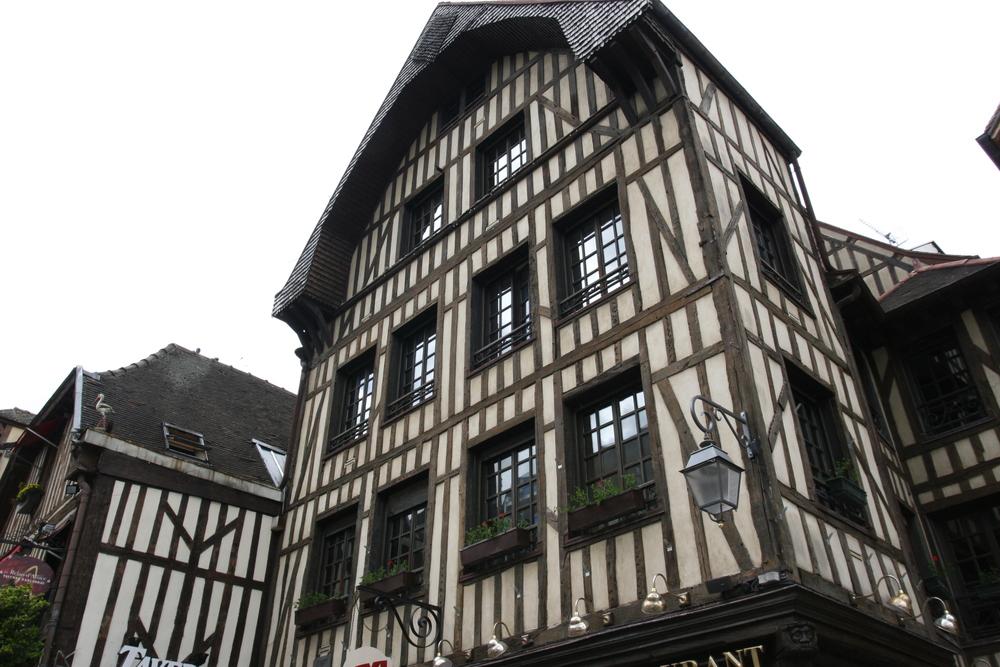 Troyes1 (1).JPG