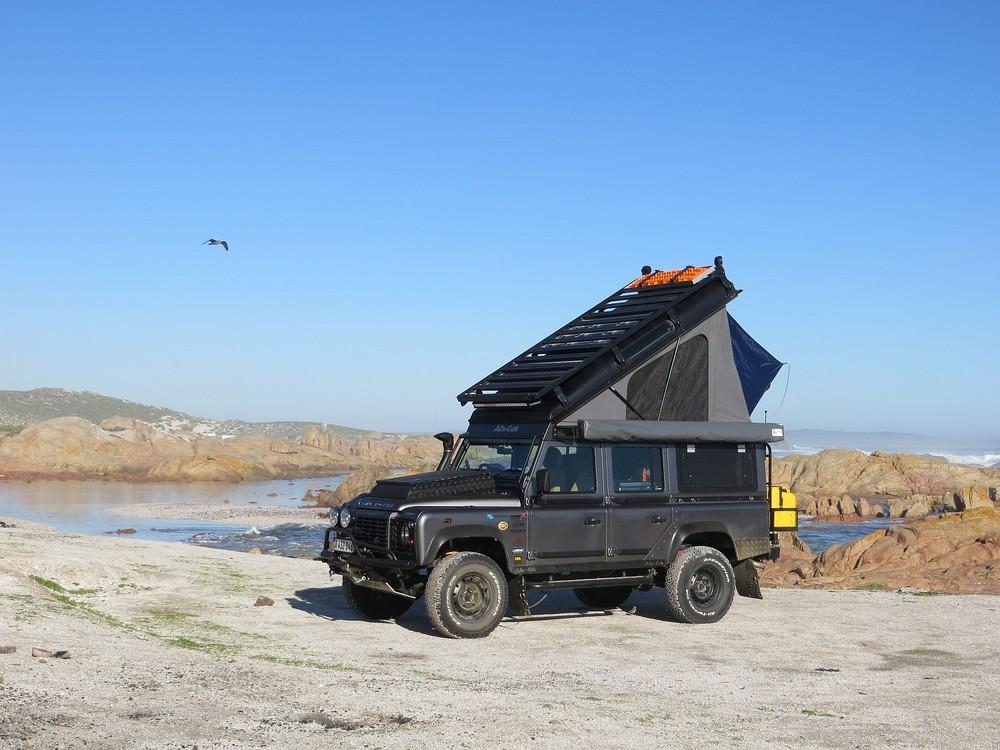 Alu-Cab Hubdach Icarus Land Rover Defender 0109.JPG
