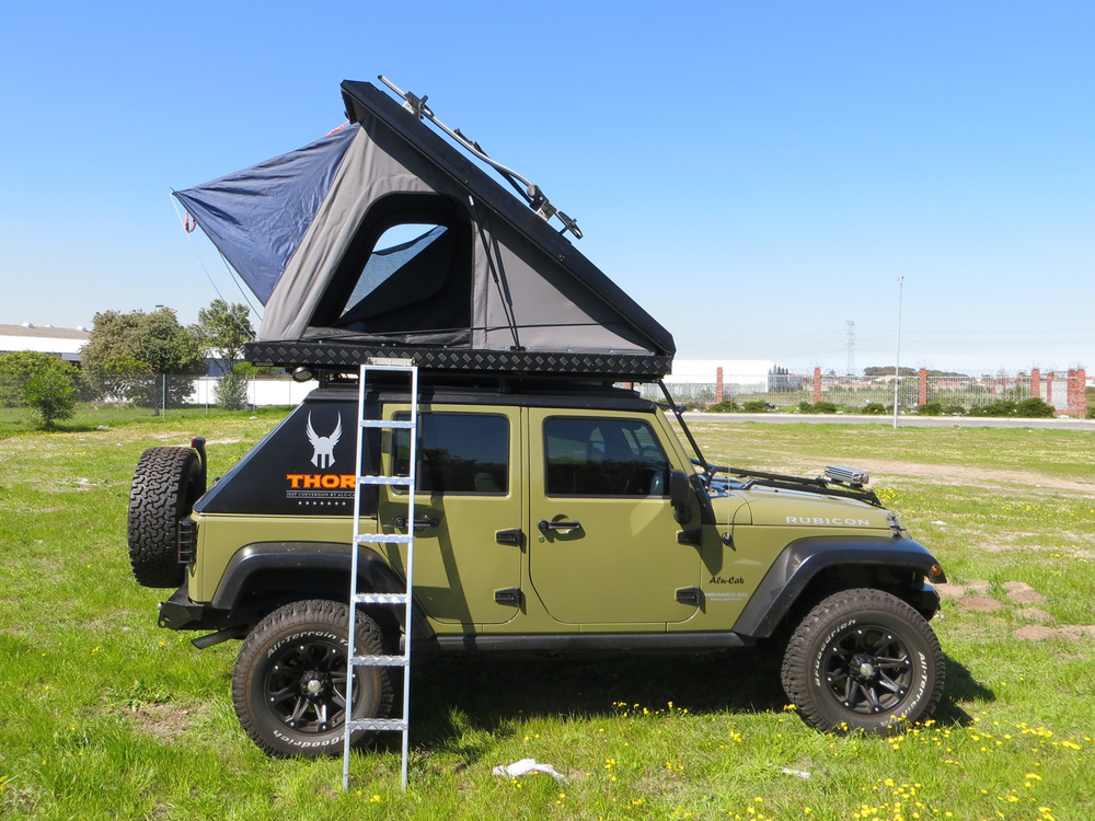 The new third generation Expedition 3 Rooftop Tent is one of the best hard-shell tents on the market. Made entirely of aluminium it carries the heaviest ... & Expedition 3 Rooftop Tent u2014 Alu-Cab