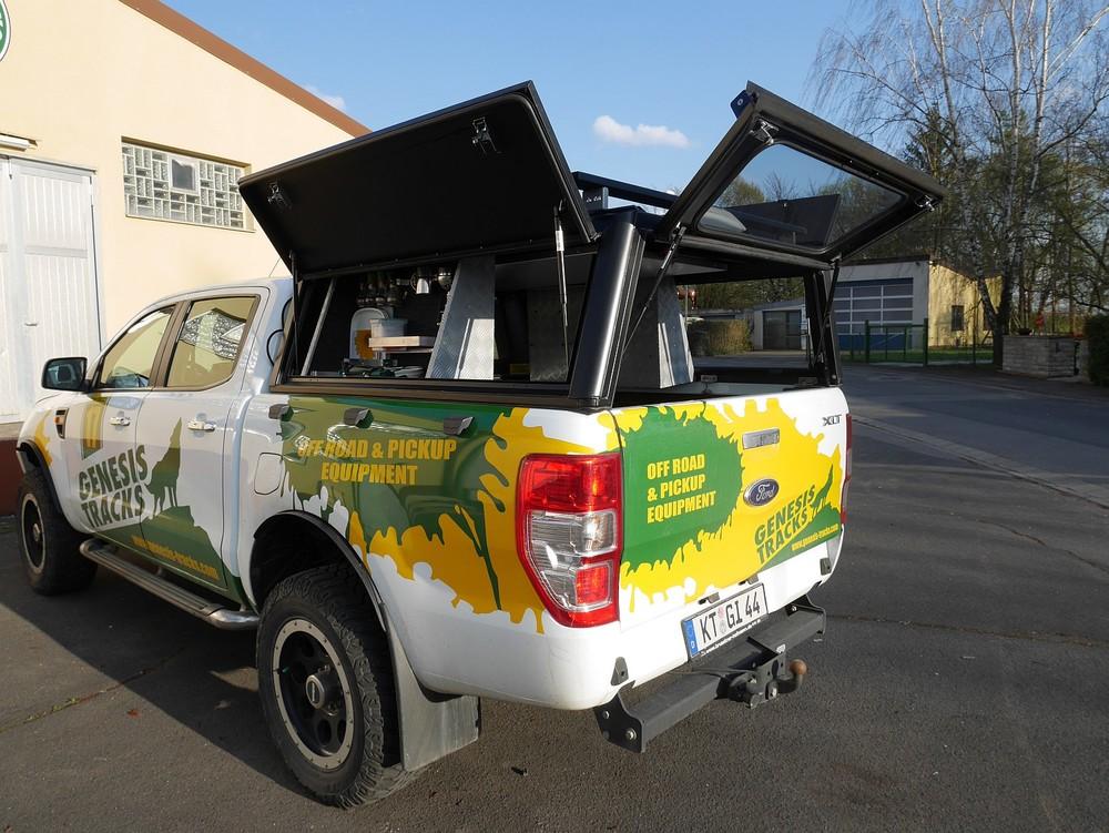Alu-Cab Hardtop Explorer 3 1016 Ford Ranger.JPG