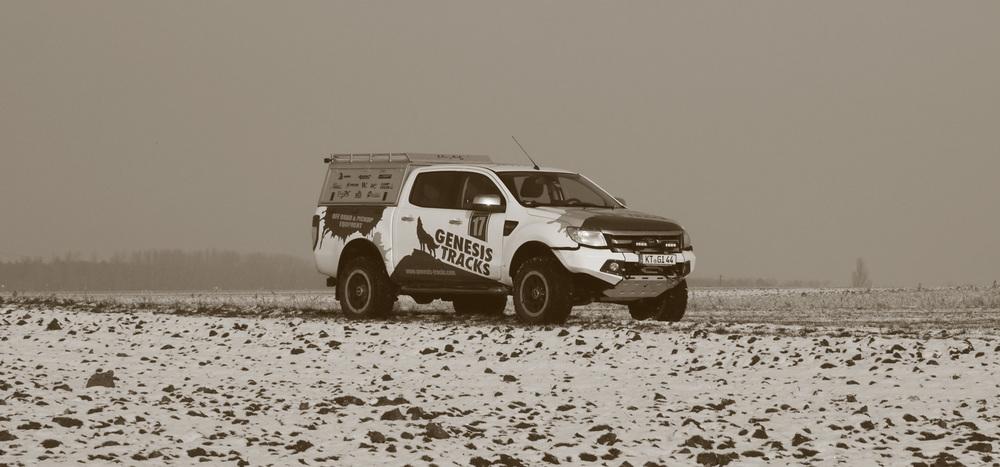Alu-Cab   Hardtop Explorer / Adventure