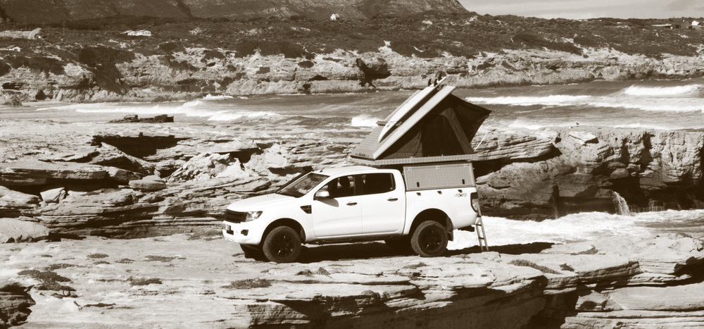 Alu-Cab   Expedition 3 Rooftop Tent