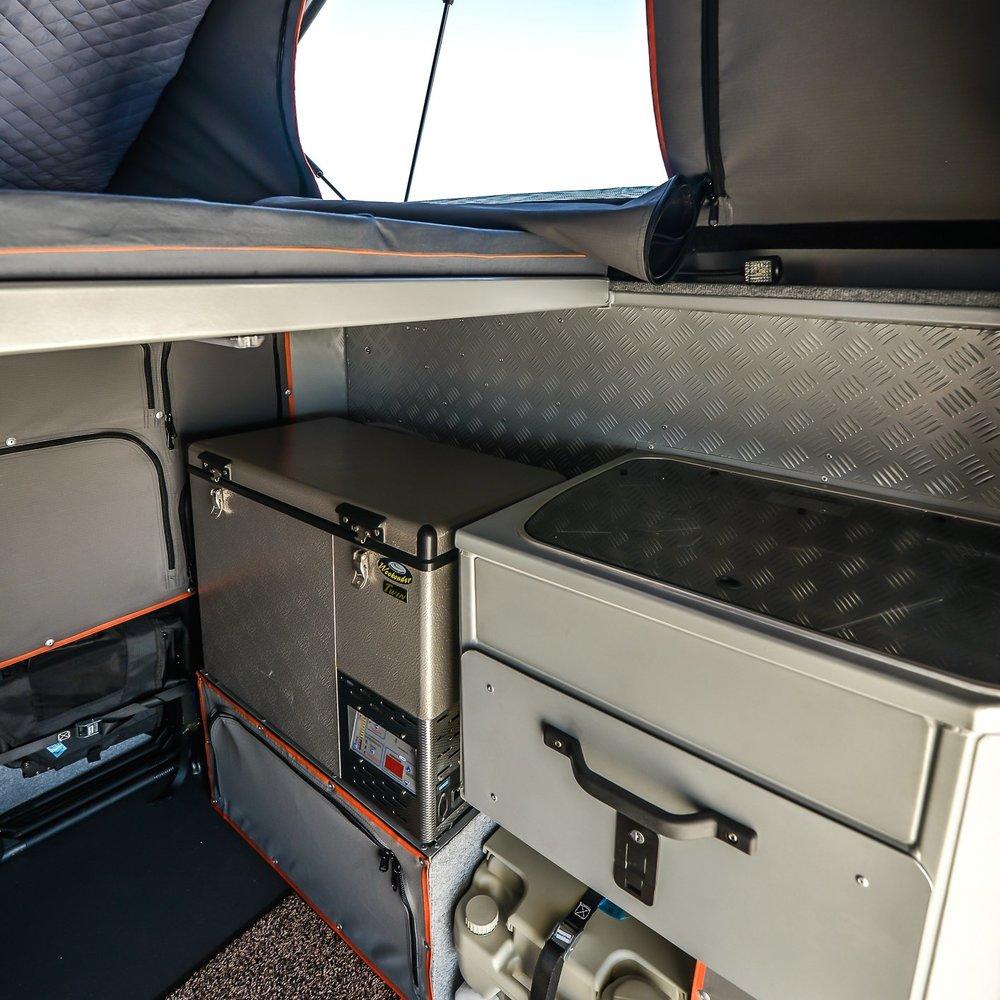 Alu-Cab Camper Khaya 0111 Atlantis Dunes.jpg