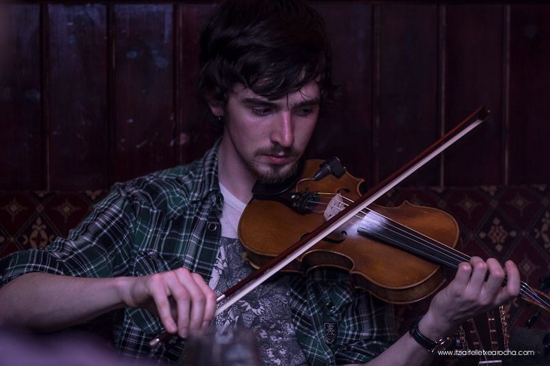 Music_Session_Ye Vagabonds_Walsh's Dublin Jan 2015-0486.jpg