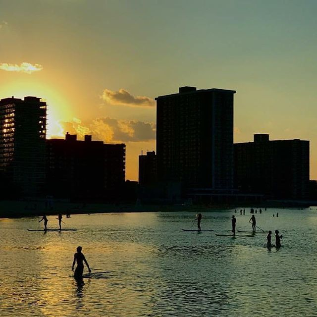 Weather looks great for Wednesday's Sunsets & S'mores social paddle at our Kathy Osterman Beach location. 6 PM.