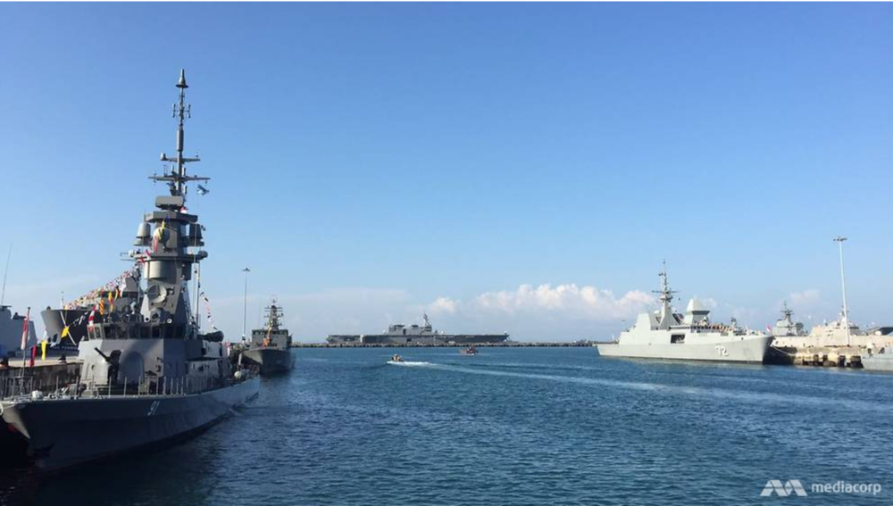 http://www.channelnewsasia.com/news/singapore/warships-from-20-countries-dock-at-singapore-s-first-8847012