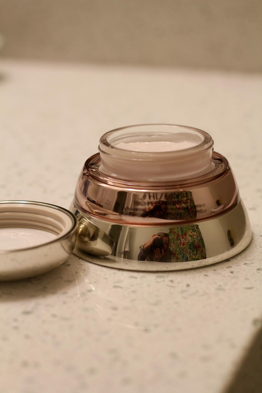 gilt edge | b's best {beauty} buys 1