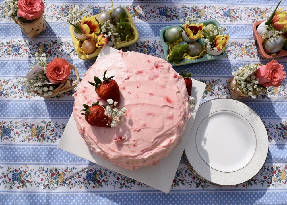 gilt edge | strawberry-lemonade layer cake