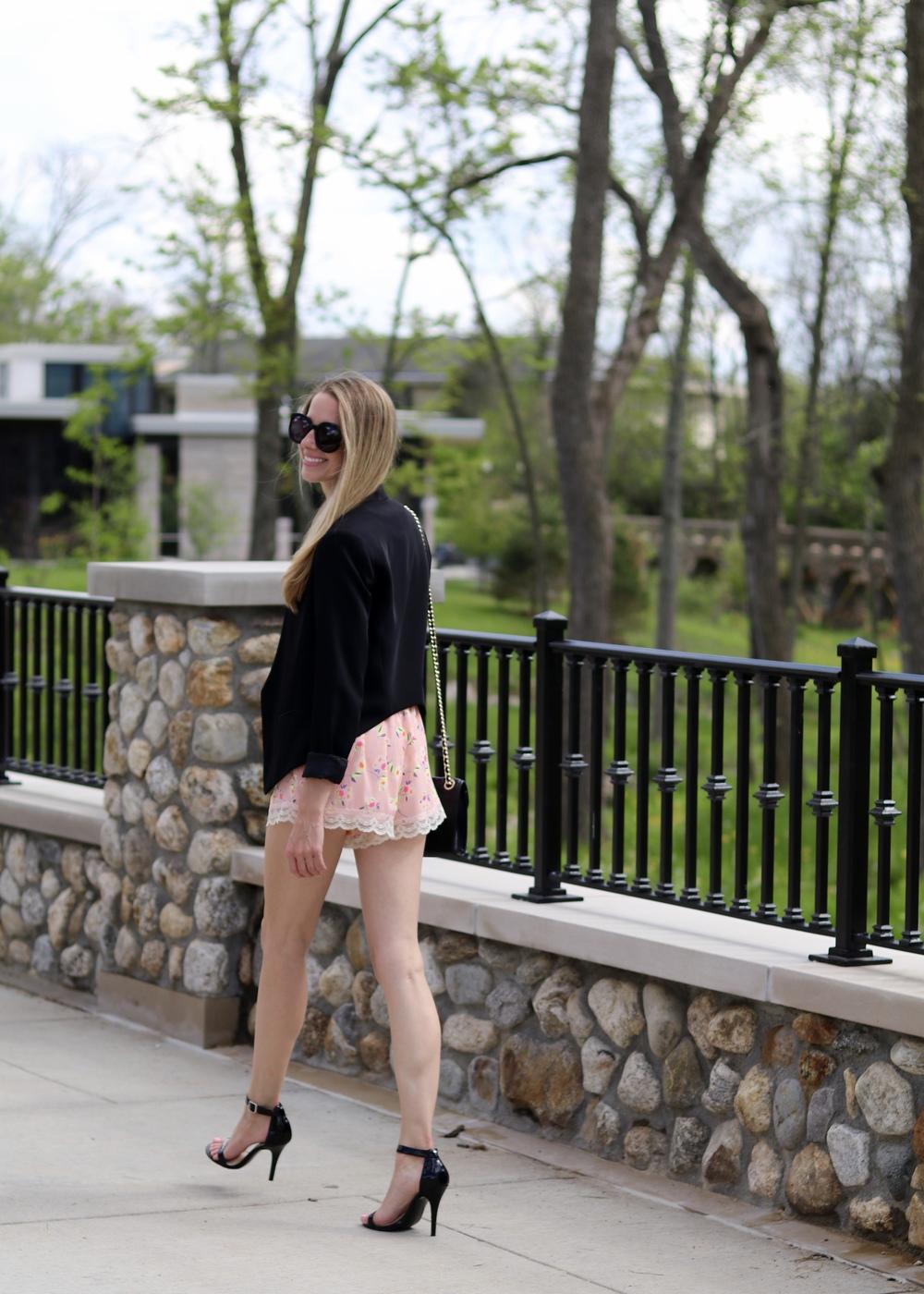gilt edge | floral shorts