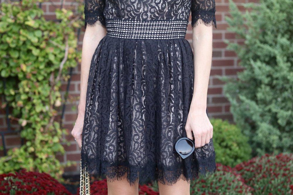 gilt edge | black lace