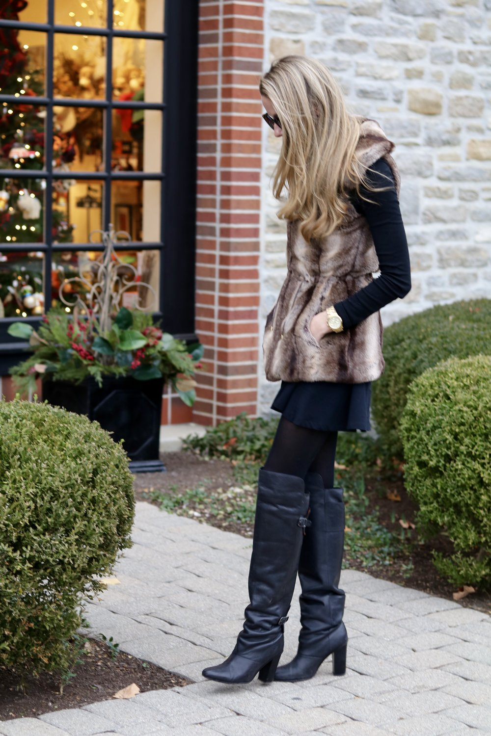 gilt edge | boots & the {faux} fur