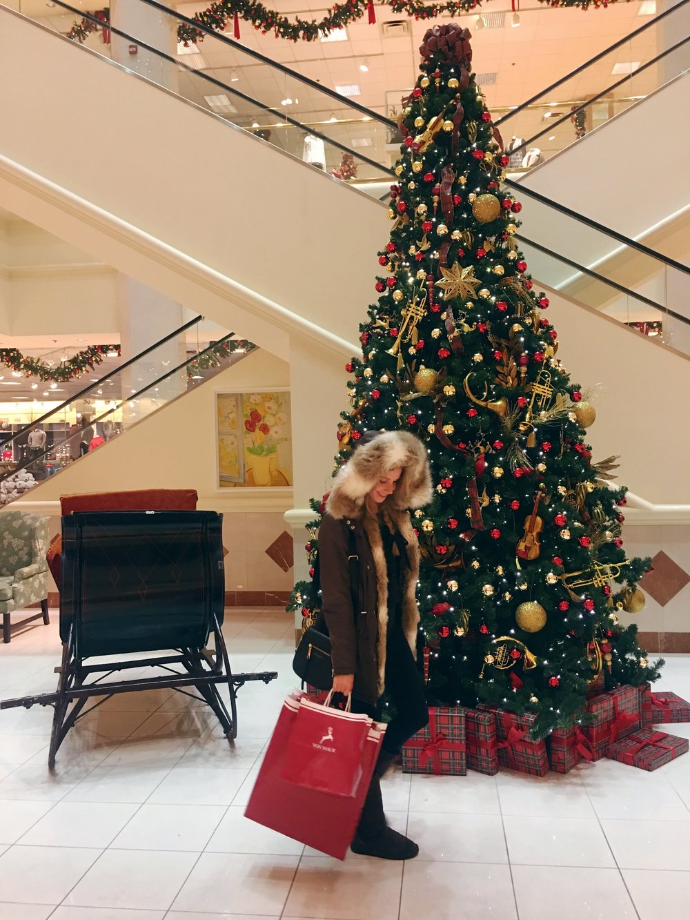 Black Friday shopping at Von Maur // Outfit here