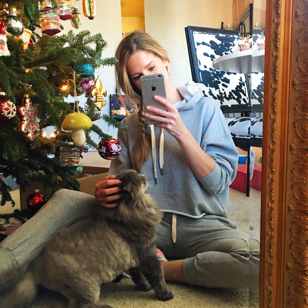 Cat selfies 😹 // Top, Pants