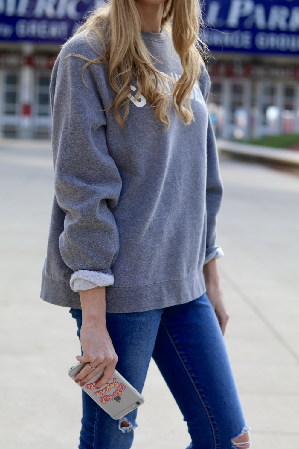 gilt edge | good vibes sweatshirt