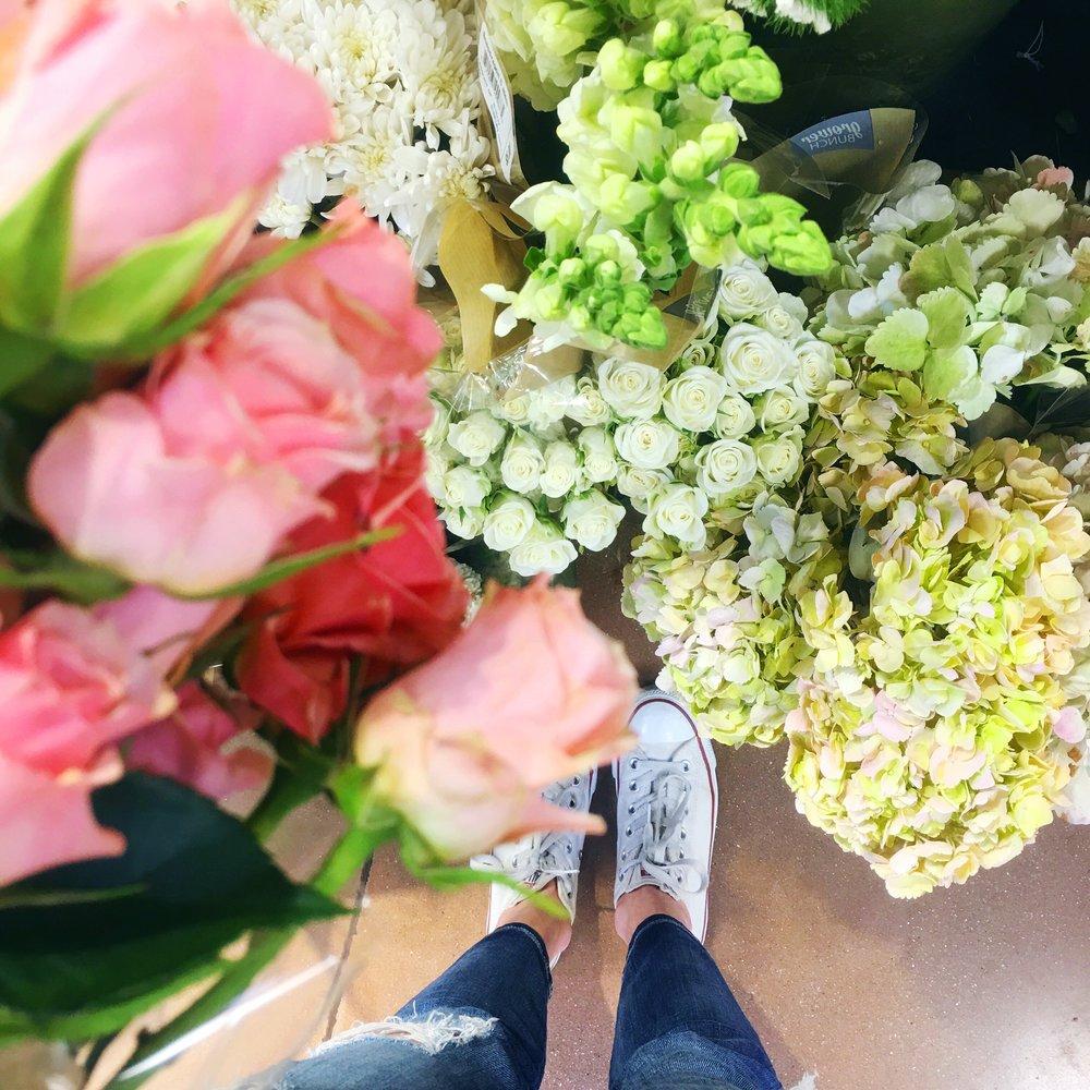Blooms at Krogs 💐 | Jeans, Sneakers