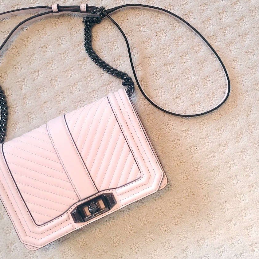 After this bag became my winter staple, I felt I need a light colored cross body for the spring.