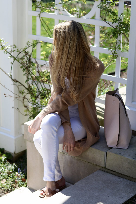 gilt edge   casual in white