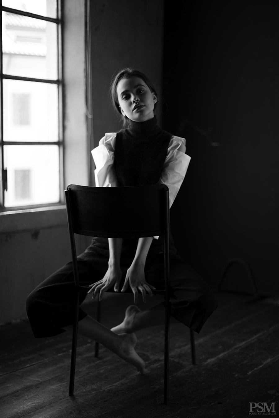 Liza Ganenko by Davide De Dea for pointsevenmach 02.jpg