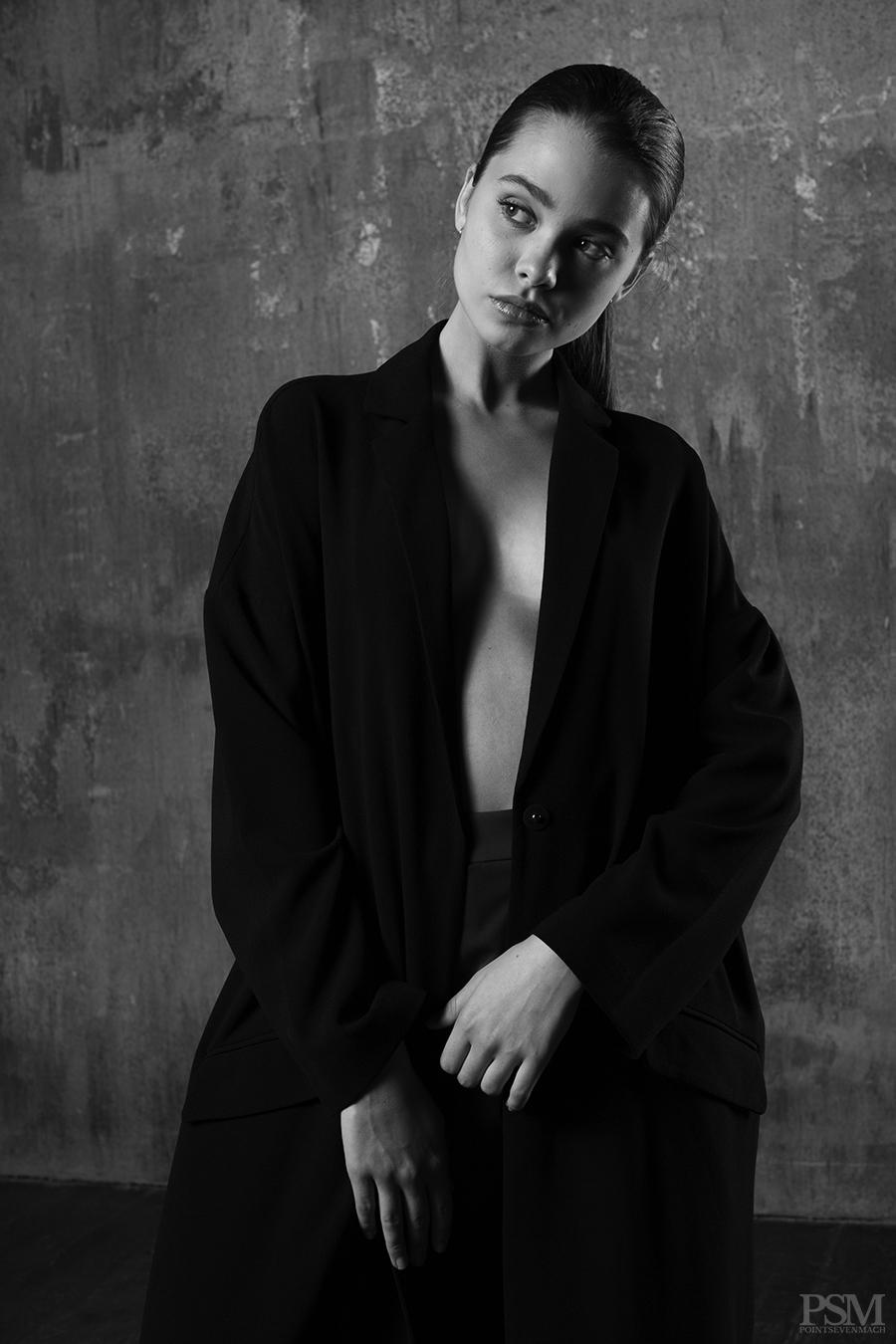 Liza Ganenko by Davide De Dea for pointsevenmach 07.jpg