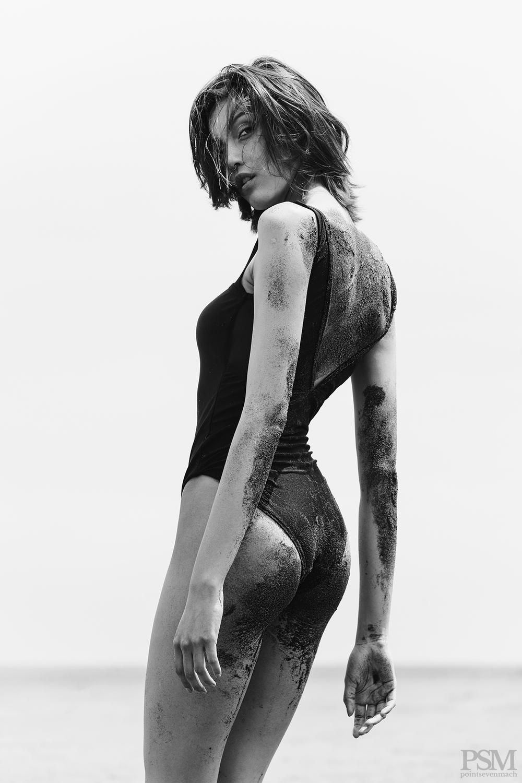 Fernanda Alvear by Anibal Toro 05.jpg