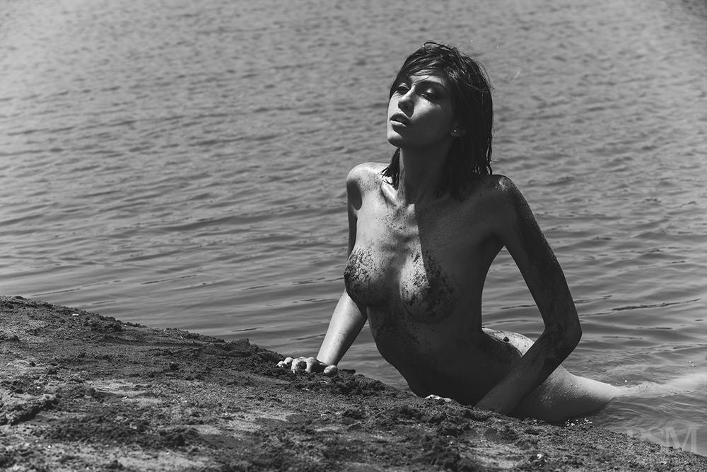 Fernanda Alvear by Anibal Toro 09.jpg