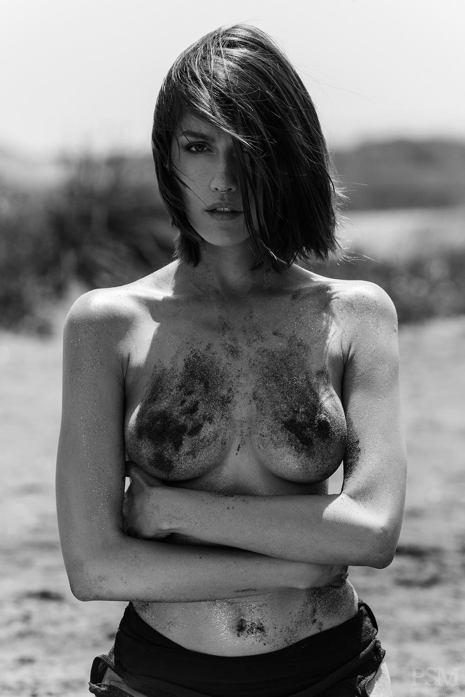 Fernanda Alvear by Anibal Toro 07.jpg