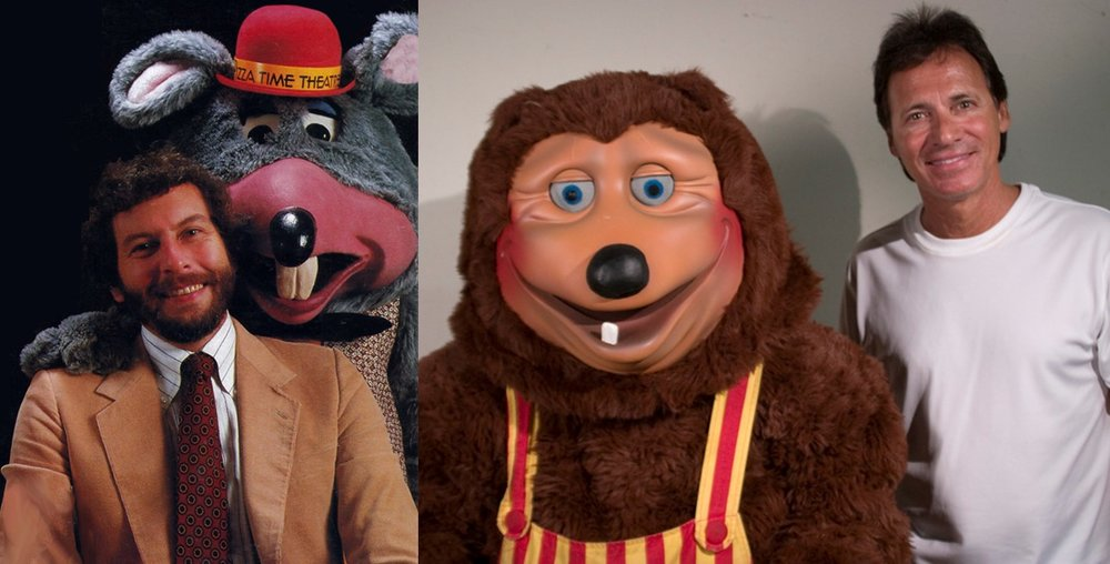 Nolan Bushnell and Chuck E. Cheese (left), Aaron Fechter and Billy Bob from The Rockafire Explosion (right)