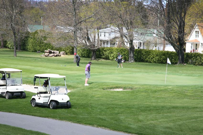 golfcourse_04.jpg