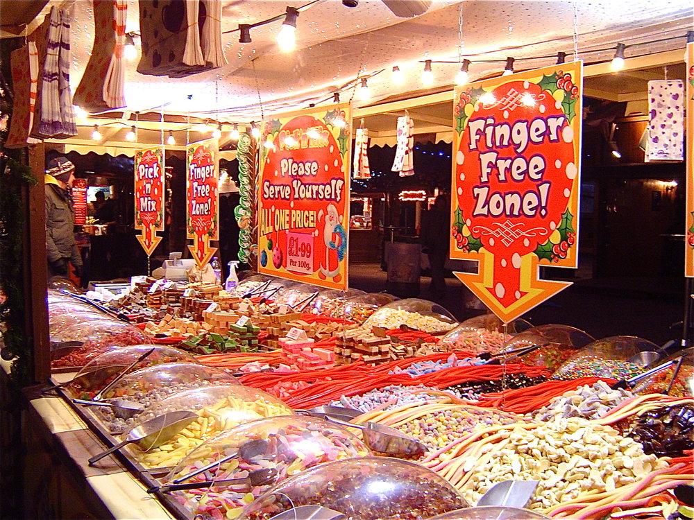 sweets-stall-southbank-christmas-market.jpg