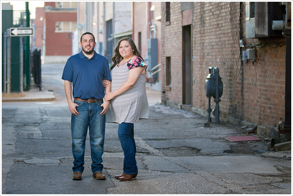 engagement portraits | alley in downtown Waco, Texas | Jason & Melaina Photography